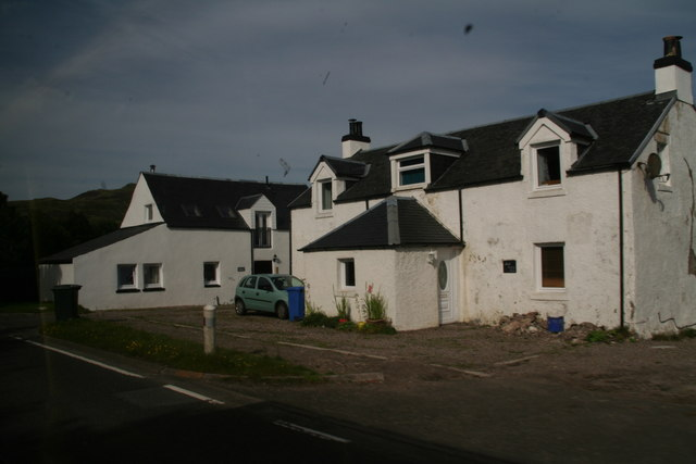 south ledaig farmhouse from geograph.org.uk